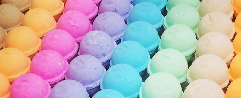 How to Make Homemade Bath Bombs House Findings